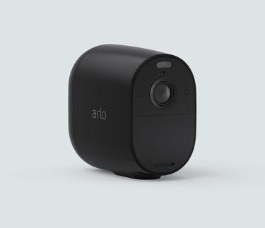 Arlo Essential Spotlight, in black, facing right