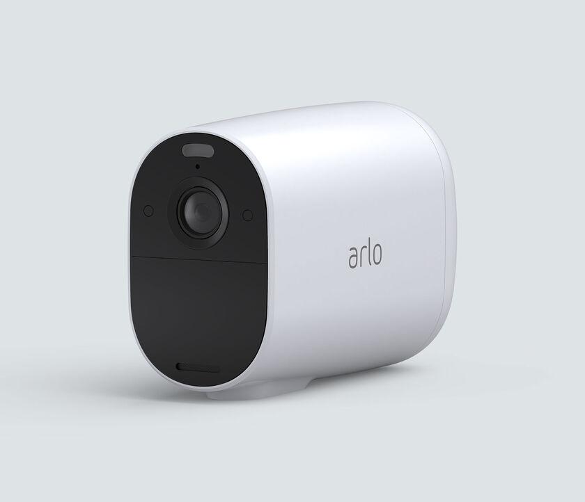 Arlo Essential XL Spotlight, in white, facing left